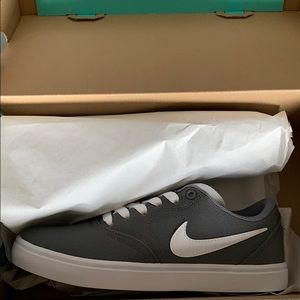 Nike Shoes BRAND NEW!